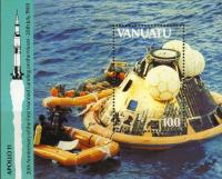 Colnect-1232-240-Apollo-17-Space-Capsule-in-the-Ocean.jpg